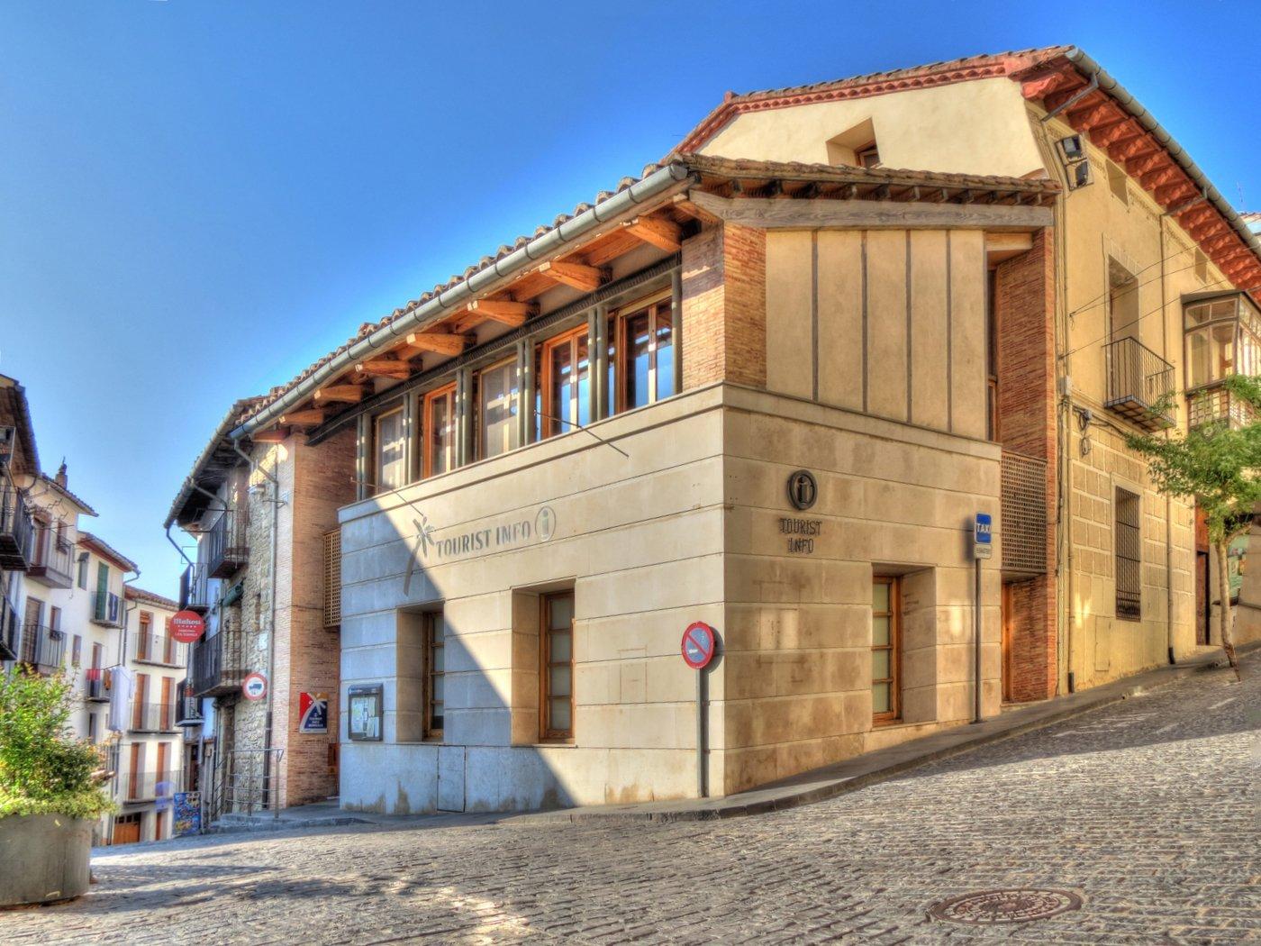oficina de turismo morella