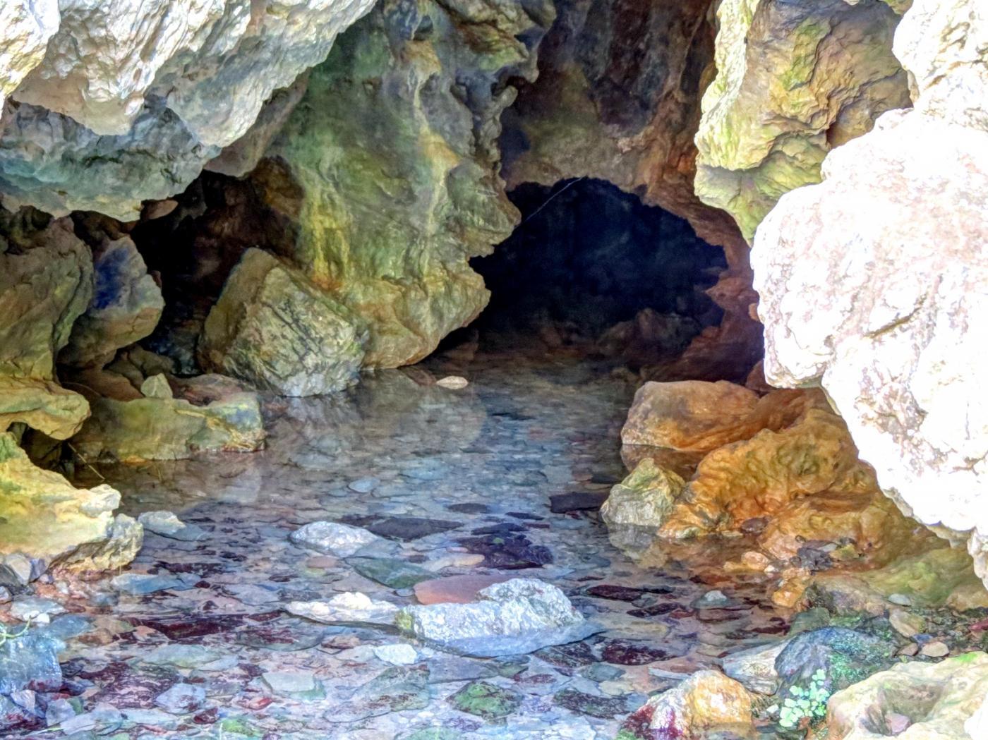 Cueva alcudai de veo
