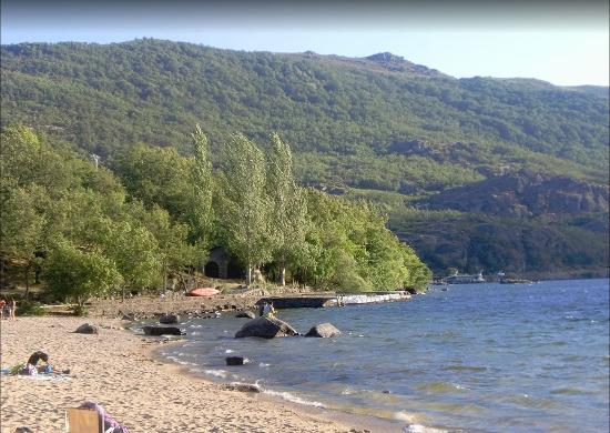 Playa Viquiella parque natural Sanabria